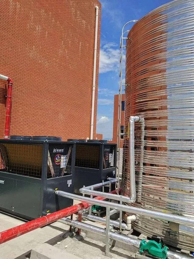湖南信息学院空气能热泵热水工程