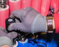 空气源地暖空调系统出问题可能只是因为一个小配件